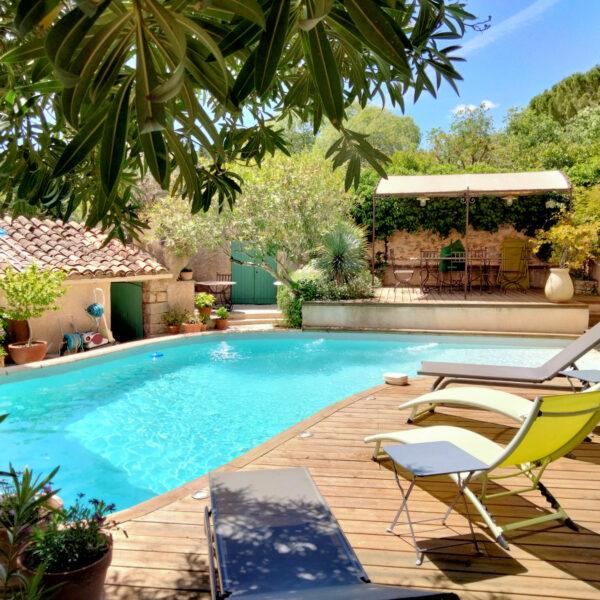 licorne-cotignac-piscine-4